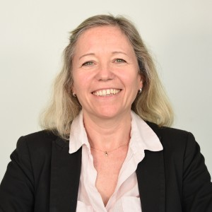 Dr Barbara Bray